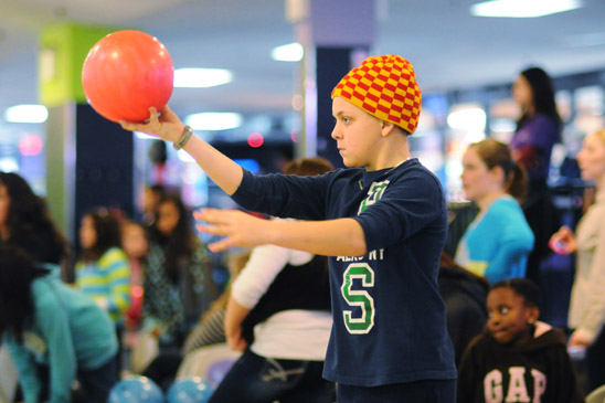 A 5th-grader takes aim at the pins. (Jonathan Fickies)