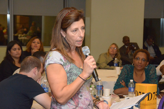 School nurse Linda Horn of PS 373 in Staten Island asks about safe staffing measures. (Miller Photography)