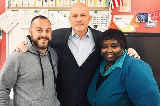 Mulgrew, flanked by Richmond Pre-K Center Chapter Leader Joe Pecora and PS 68 Ch