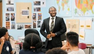 Alhassan Susso emphasizes positivity and compassion in his class at Internationa