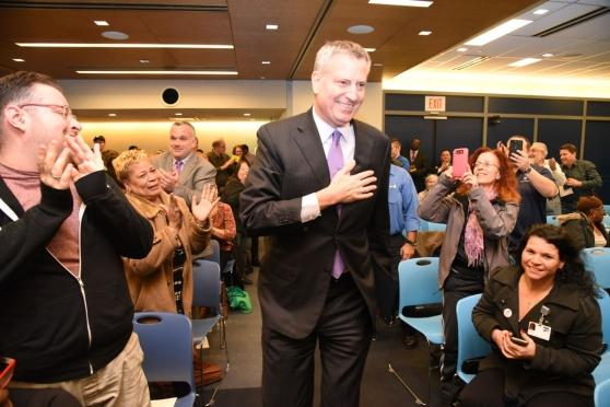 Bill de Blasio arrives at the Delegate Assembly to receive the endorsement